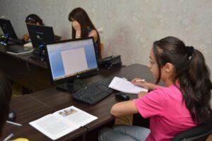 Młodzi obywatele Polski i Turcji poznają bliżej warsztat dziennikarski