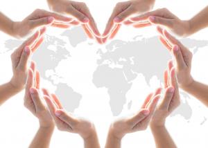 Międzynarodowy Dzień Dobroczynności: Rekordowy rok Polaków. W światowym rankingu dobroczynności przeskoczyliśmy o 75 miejsc w górę