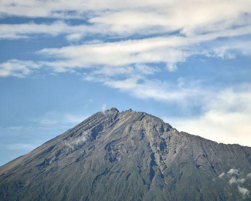 Góra Meru w Tanzanii